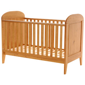 Buying Your First Cot Lone Parenting